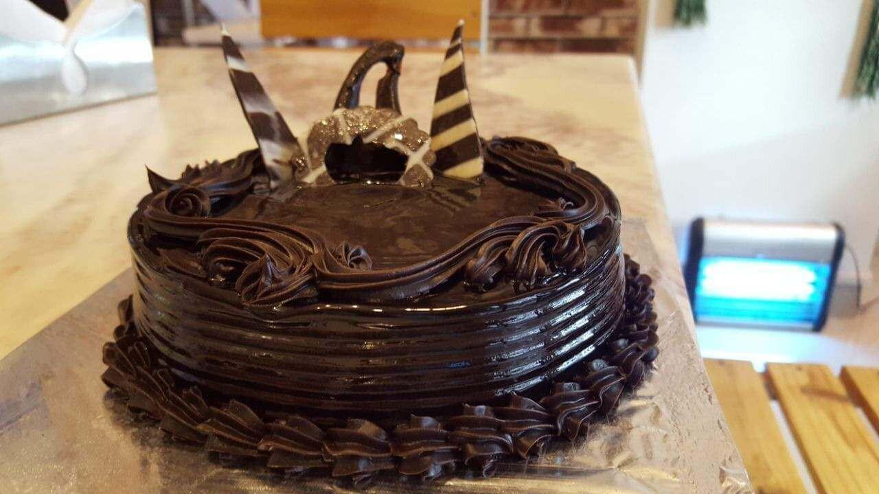 Chocolate Truffle Cake (1/2 Kg)