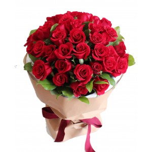 Timeless Romance - 30 Red Roses